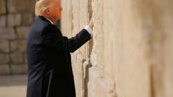Lý do ông Trump đội 'mũ sợ Chúa' khi thăm Bức tường Than khóc