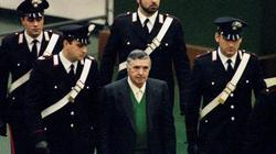 """""""Bố già của mọi bố già"""" ở Ý bất ngờ được ra tù trước hạn"""