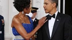 Phu nhân Obama 'tố' chồng mặc đi mặc lại một bộ vest suốt... 8 năm