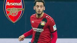 """Chi 20 triệu euro, Arsenal vượt Chelsea vụ """"chuyên gia đá phạt"""""""