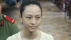 Hoa hậu Phương Nga: 'Mỹ dọa sẽ khiến tôi vào tù như Hoa hậu Mỹ Xuân'