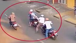 Băng nhóm dàn cảnh đánh người đi đường để cướp