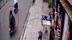 Nóng trong tuần: Hai thanh niên táo tợn cướp ngân hàng ở Sài Gòn