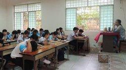Vụ cô giáo im lặng 4 tháng: Sở GD-ĐT TP HCM xử lý thận trọng
