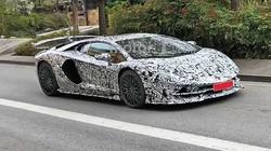 """Siêu xe hiệu suất cao """"cuối cùng"""" của Lamborghini lộ ảnh chạy thử"""