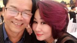Đi với vợ kém 20 tuổi, NSND Trần Nhượng bị nghi cặp bồ