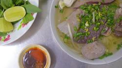 Quán hủ tiếu bò viên gốc Tiều có thâm niên hơn 50 năm ở Sài Gòn