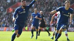 Cựu sao Arsenal tỏa sáng, Chelsea ngược dòng ngoạn mục