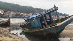 """Khẩn cấp nạo vét cảng cá có hàng trăm tàu """"phơi xác"""" trên bờ"""