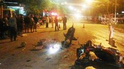 Hai xe máy đối đầu, 2 người tử vong, 3 người nguy kịch
