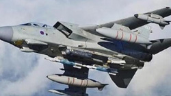 """Phóng 8 tên lửa không kích Syria, Anh lộ điểm yếu """"chết người"""""""