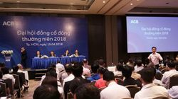 Bà Đặng Ngọc Lan bị phản ứng khi phát biểu tại đại hội cổ đông của ACB