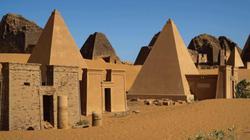 Ai Cập thua Sudan về số lượng kim tự tháp