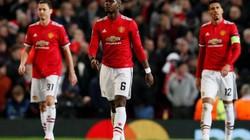 Chống đối HLV Mourinho, Pogba bị đồng đội tẩy chay