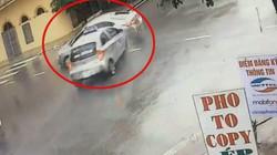 Clip: Kinh hoàng cảnh taxi phóng nhanh, tông trúng ôtô giữa ngã tư