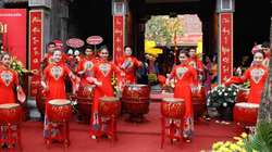 Nhiều hoạt động văn hóa truyền thống chào mừng dịp Lễ 30.4 và 1.5