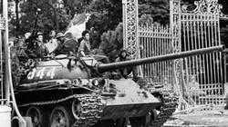 Uy lực xe tăng T-54 ầm ầm tiến vào Sài Gòn ngày 30.4