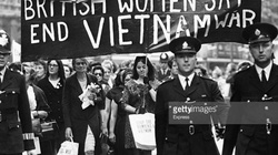 Ảnh khó quên về cộng đồng quốc tế phản đối chiến tranh Việt Nam