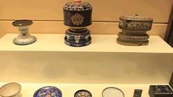 Cận cảnh đồ dùng, đồ thờ xa hoa trong hoàng cung nhà Nguyễn