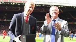 HLV Wenger ngạc nhiên vì món quà chia tay của Sir Alex