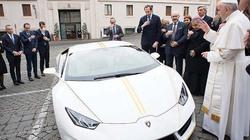 Cơ hội sở hữu Lamborghini Hurcan của Đức Giáo hoàng Francis