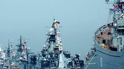 Nhóm tàu chiến NATO ùn ùn kéo vào Biển Đen