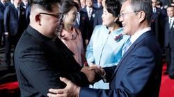 """Kim Jong-un nhận quà """"độc"""" từ Tổng thống Hàn Quốc"""