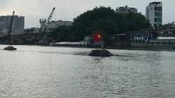 Ghe hơn 100 tấn chìm, 3 người thoát chết