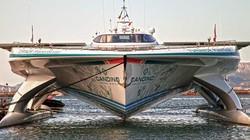 Siêu du thuyền lớn nhất thế giới vận hành bởi 500 tấm pin năng lượng mặt trời
