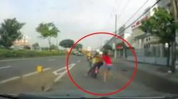 Clip: Cô gái tuyệt vọng kêu cứu khi bị cướp kéo lê trên quốc lộ