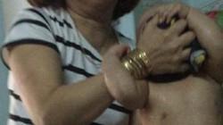 Công an làm việc với chủ cơ sở trong clip bạo hành trẻ gây phẫn nộ