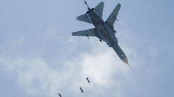 """Liên quân Mỹ bất ngờ dội """"mưa bom"""" vào 2 cứ điểm quân sự Syria"""
