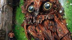 Tròn mắt ngắm những con vật khổng lồ làm từ... đồng nát