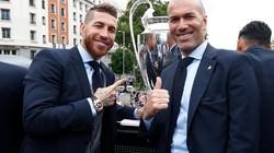 Phản ứng của các cầu thủ Real khi HLV Zidane từ chức