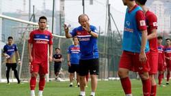 HLV Park Hang-seo chỉ cách để Việt Nam qua mặt Thái Lan