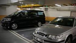 """Bán lại chỗ đỗ xe """"đắt nhất hành tinh"""", cặp vợ chồng lãi ngay 7,5 tỷ đồng"""