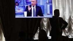 """Đối thoại trực tiếp với Putin: Người Nga """"hỏi xoáy"""" Tổng thống"""
