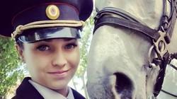 Dân mạng Nhật Bản phát cuồng với nữ cảnh sát Nga xinh đẹp