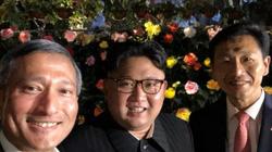 """Kim Jong-un thăm thú Singapore, chụp ảnh tự sướng gây """"sốt"""""""