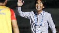 """CLB TP.HCM mất điểm, HLV Miura """"không hiểu nổi trọng tài"""""""