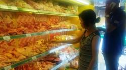 """Nhiều siêu thị ở Sài Gòn bán hàng """"xá"""", mù mờ nguồn gốc truy xuất"""
