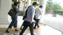 Họp xét nghi vấn GS Nguyễn Đức Tồn đạo văn: Đá bóng vòng quanh!