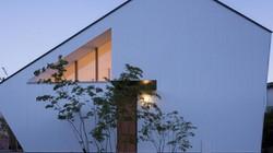 """Kiến trúc đáng học hỏi của căn nhà tự điều hòa cho """"hè mát - đông ấm"""""""