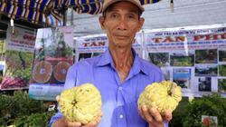 """Sốt rần rần với nhiều trái cây """"độc"""", giống cây lạ ở lễ hội trái cây Chợ Lách"""