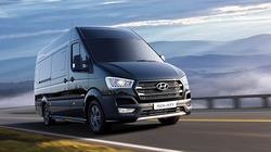 Đối thủ Ford Transit ra mắt với giá bán từ 1,08 tỷ đồng