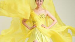 Dương Thùy Linh đi thi Hoa hậu Phụ nữ toàn thế giới