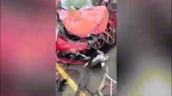TQ: Phá tan siêu xe Ferrari 15 tỷ đồng sau vài phút ngồi trên ghế lái