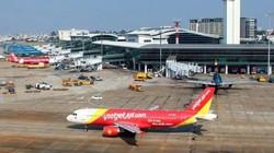 Máy bay đi TP.HCM phải hạ cánh ở Đà Nẵng vì hành khách khó thở