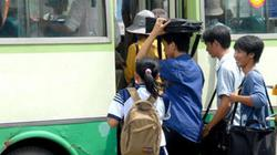 Nhiều trẻ em gái bị quấy rối tình dục trên xe buýt