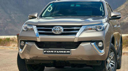 Dân choáng váng vì thuế 0% ô tô vẫn tăng giá mạnh